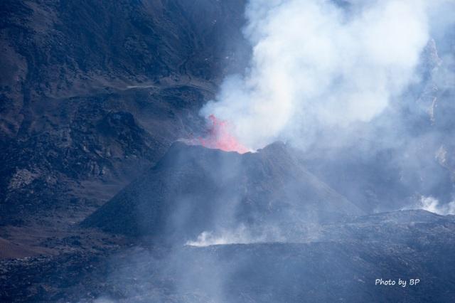 Eruption volcan 10